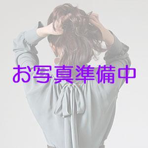 写真撮影中の人妻熟女@りんかい蒲田店300px