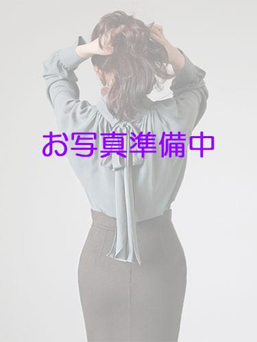 写真撮影中の人妻熟女@りんかい蒲田店375px